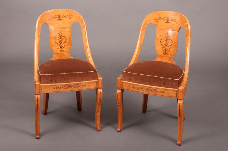 paire de chaises gondoles charles x fr ne galerie richard juy mobilier antiquit s et. Black Bedroom Furniture Sets. Home Design Ideas